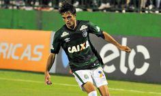 O Palmeiras acertou mais uma contratação para a próxima temporada, trata-se do meia Hyoran, destaque da Chapecoense no Brasileirão,