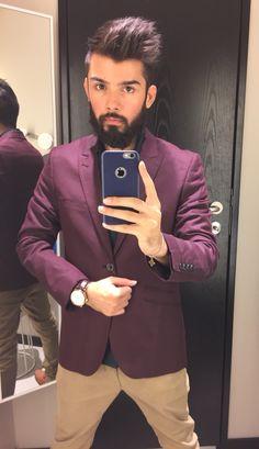Red velvet blazer #mensfashion #ehsanpoisy #beardman