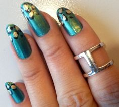 Green leopard print nails - somanylovelythings