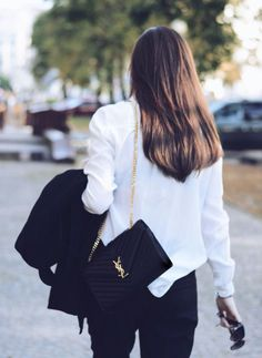 YSL Saint Laurent bag / street style fashion - Another! Fashion Bags, Fashion Outfits, Womens Fashion, Fashion Trends, Fashion Fashion, Fashion Handbags, Fashion Beauty, Ysl Woc, Ysl Saint Laurent