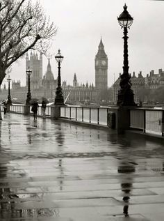 Rainy London... <3