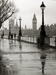 Rainy London... <3