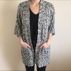 """Forever 21 kimono sleeve cardigan F21 kimono sleeve cardigan perfect for those """"in between"""" spring days  pair it over an all black or all white outfit for a chic monochromatic look. Loose fit- could probably fit S-M/L. Forever 21 Sweaters Cardigans"""