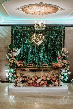 On Your Wedding Day, Dream Wedding, Light Wedding, Emerald Green Weddings, Sweetheart Table, Monogram Wedding, Wedding Signs, Wedding Flowers, Wedding Planning