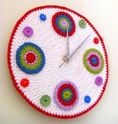 crochet clock- amazing1