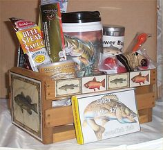 Fishing Wood Crate Gift Basket Cabin Lodge Gifts Thermo Mug bobbers Hooks Cocoa Theme Baskets, Gift Baskets, Cheap Gifts, Easy Gifts, Stag And Doe, Door Prizes, Stuff Stuff, Diy Gifts For Him, Just Because Gifts