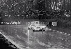 Synchronised  Porsches ...