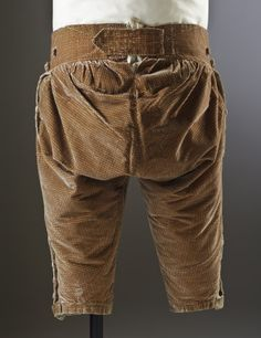 Breeches back view, formal 3-piece suit, c.1770. Brown silk velvet. (costume collection at Ham House, Surrey)