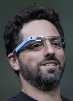 Google provides peek at Internet-connected glasses, begins selling them to US programmers