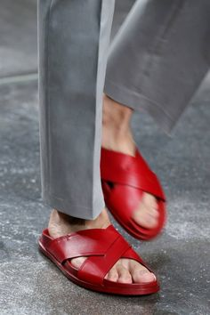 Fendi Men's Spring/Summer 2015 collection #red #fashion #sandals