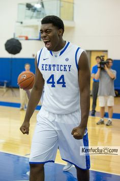 Meet the Cats: Dakari Johnson #44