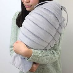 Awww, aren't they just adorable? In Japan, online store 'Hamee Strapya World' is selling the perfect cuddle buddy: a giant isopod plush doll that looks jus Softies, Plushies, Giant Isopod, Old Teddy Bears, Round Eyes, Cuddle Buddy, Plush Animals, Clay Animals, Plush Dolls