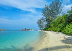 Hotels-live.com/pages/sejours-pas-chers - Latergram :: Sud de la plus grande des 2 îles Perhentian  Pulau Perhentian Besar - Malaysia #malaysia #malaisie #pulau #perhentian #island #beach Hotels-live.com via https://www.instagram.com/p/BFLVBQKvOjv/