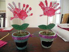 Grandparents Day Crafts for Preschoolers | Materials: 2 terra cotta pots, craft paint, chalkboard paint, non ...