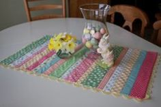 Easy Striped Easter Table Runner | Quick and easy home decor project perfect for your Easter table.
