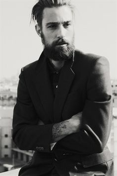 Great beard, style, and tats