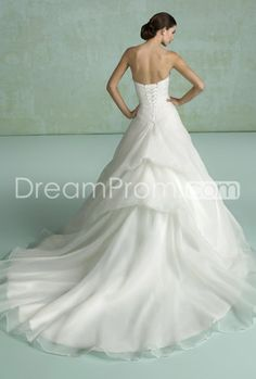 Attractive A-line Beaded Pleats/Flowers Sweetheart Neckline Chapel-Length Wedding Dresses(3E0060)
