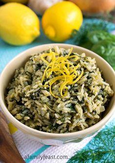 Spanakorizo! Greek Spinach and Rice