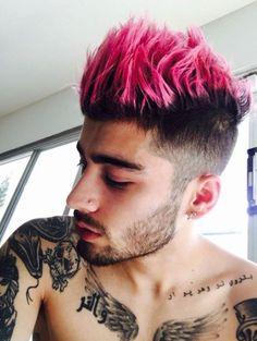 zayn with pink hair yas!