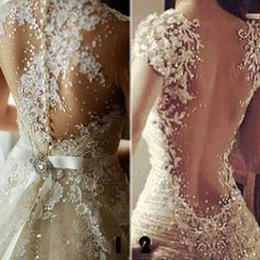 Absolutely stunning!!! Want my dress to be just like the one on the right