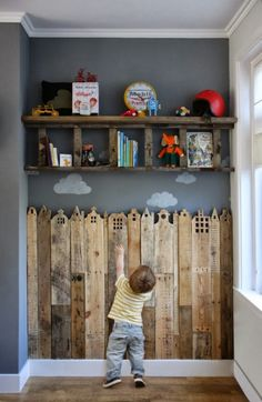 Pallets decor...for lower backdoor landing.