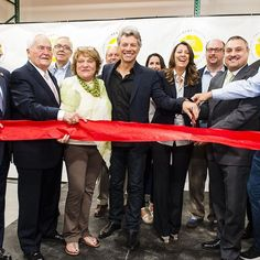 Jon Bon Jovi & Dorothea Hurley celebrated the grand opening of The B.E.A.T. Center, a unique food and resource hub, that's also home to the 2nd JBJ Soul Kitchen. The center is a one-stop shop that will help fight hunger and change lives in Ocean County, NJ!