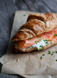 smoked salmon cream cheese chives croissant