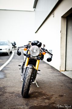 ducati-sport-classic-cafe-racer-15