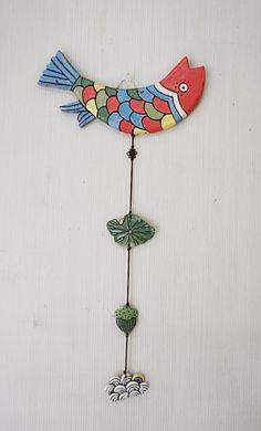 민화벽걸이 입니다.~~^^ 이거 저거 다 하고 싶은걸 호랭이, 물고기, 닭, 봉황으로 줄였습니다.~~^^ Fabric Flower Tutorial, Fabric Flowers, Clay Fish, Diy And Crafts, Arts And Crafts, Korean Traditional, Wow Art, Art Lessons, Washer Necklace