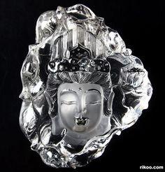 Quartz Rock Carved Crystal Kwan-yin