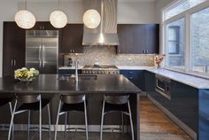Amazing kitchen, inside of an amazing house. Lincoln Park Residence, Chicago by SPACE architecture.