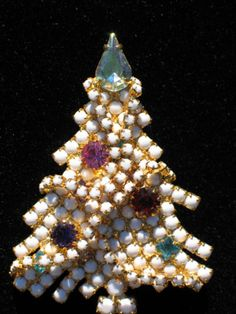 VINTAGE-DOMINIQUE-Purple-Milk-Pink-Rhinestone-Christmas-Tree-Pin-Brooch-2-1-2