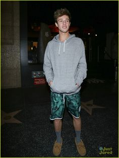 cameron dallas closed milan katsuya dinner out 01 // @sarahxmartinez