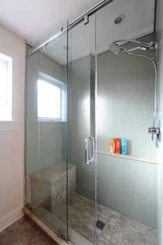 Incroyable Renovated Glass Shower. Beautiful And Unique Shower. Sliding Glass Shower  Doors. Green Backsplash
