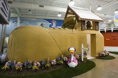 Creative Workplaces That looks Like The Willy Wonka Factory