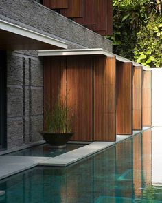 Modern architecture house design with minimalist style and luxury exterior and interior and using the perfect lighting style is inspiration for villas mansions penthouses Modern Architecture House, Modern House Design, Interior Architecture, Beautiful Architecture, Design Exterior, Modern Landscaping, Pool Designs, Decor Interior Design, Room Interior