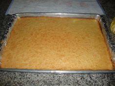 Aprenda a preparar rocambole de arroz com recheio de frango (sem glúten) com esta excelente e fácil receita. No TudoReceitas.com ensinamos você a fazer um rocambole...