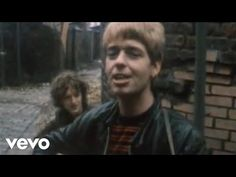 Music video by The La's performing There She Goes. (C) 1988 Go! Discs Ltd.