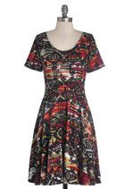 Intuitive Artwork Dress - I LOVE THIS FABRIC, but it is unlined and kind of shapeless in this dress :(