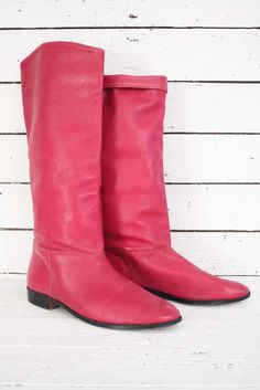 just listed these fantastic pink vintage boots! www.sugarsugar.nl