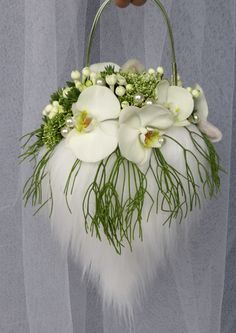 A stylish and refreshing alternative to the original bridal bouquet Created with Bolsa Flora IV www.bolsaflora.com Clothing, Shoes & Jewelry : Women : Handbags & Wallets : Women's Handbags & Wallets hhttp://amzn.to/2lIKw3n