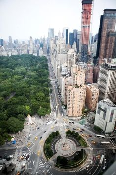 Columbus Circle, Central Park, NYC Guess where we are going next summer!!!! @Michael Aitken Bethel @Carly Bush :)
