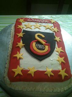 Pasta Galatasaray cake, taart gemaakt voor Duygu