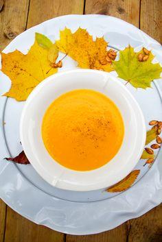 Hämmentäjä: Täydellinen, taivaallinen, samettinen kurpitsakeitto Eggs, Breakfast, Simple, Recipes, Soups, Food, Gourmet, Hokkaido, Morning Coffee