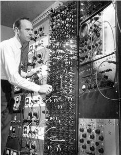 Eldo C. Koenig with an analyzer computer, 1956.