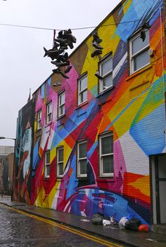 There is so much vibrancy and color in London. I would love to admire the street art, like this piece in Shoreditch.