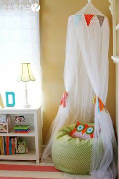 Cute kids reading nook with cozy cushion | 26 Cute Ideas To Add Fun To a Child Room