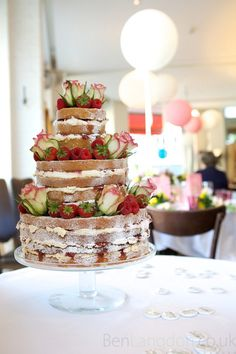 tiered victoria sponge wedding cake 4 tier layer sponge wedding cake or this 20969