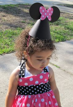 DIY Tutorial – How to Make Minnie Mouse Party Hats