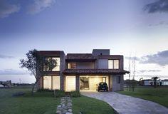 Arquitectura Casa CKN / Giugliani Montero Arquitectos
